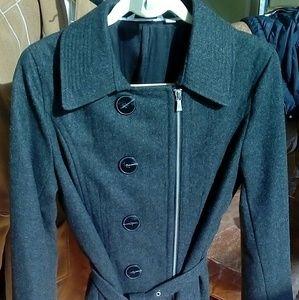 NWOT.... Isaac Mizrahi trench coat..size 14